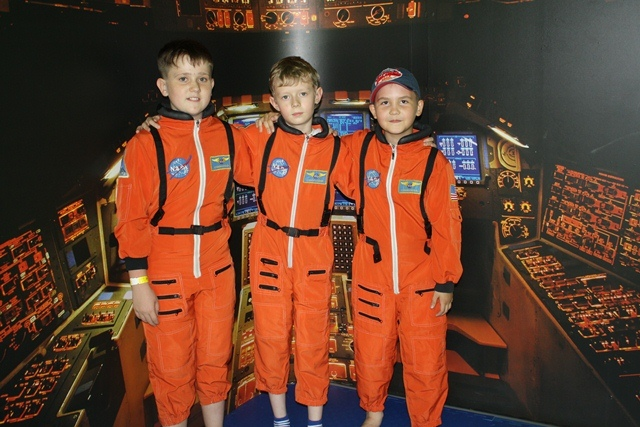 http://www.geclub.ru/upload/19-our-spacemen_1410927924.jpg
